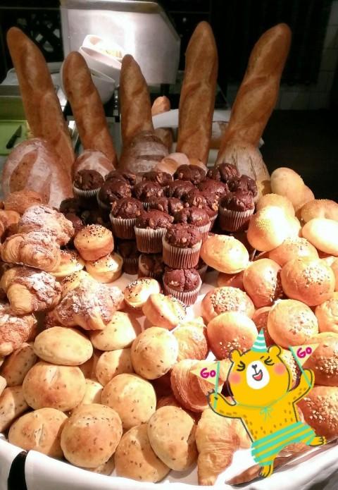 光看這些麵包就飽了~~哈哈哈!